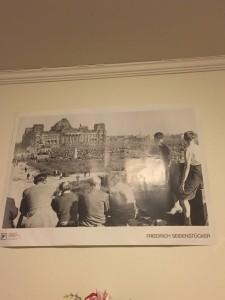 Poster of Friedrich Seidenstücker photograph. Reichstag, Berlin 1946.